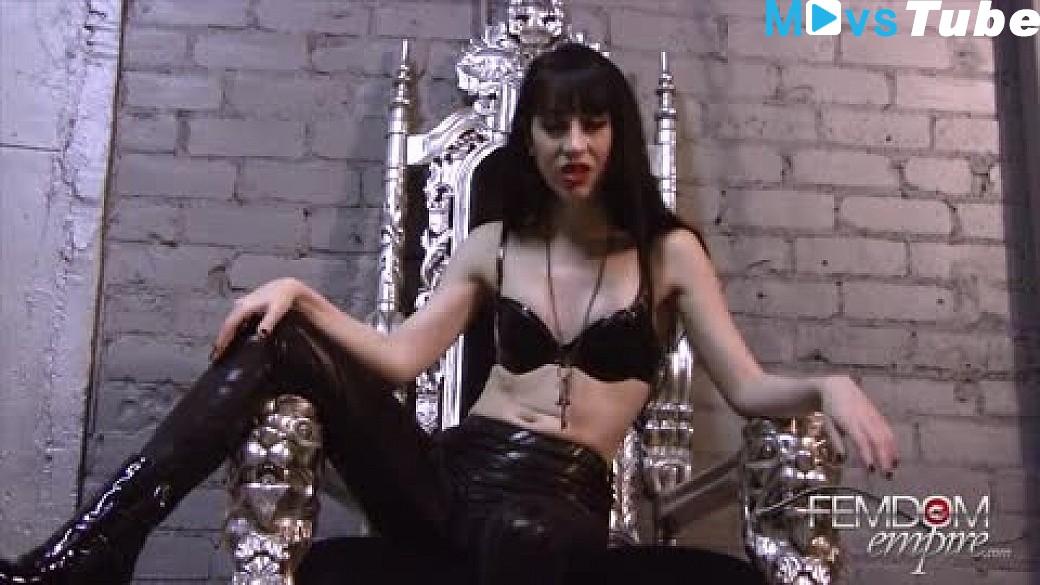 Adriana la cerva hot