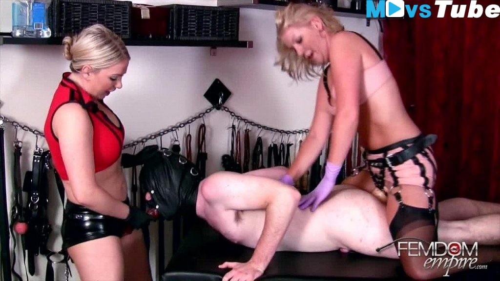 Female domination galeries