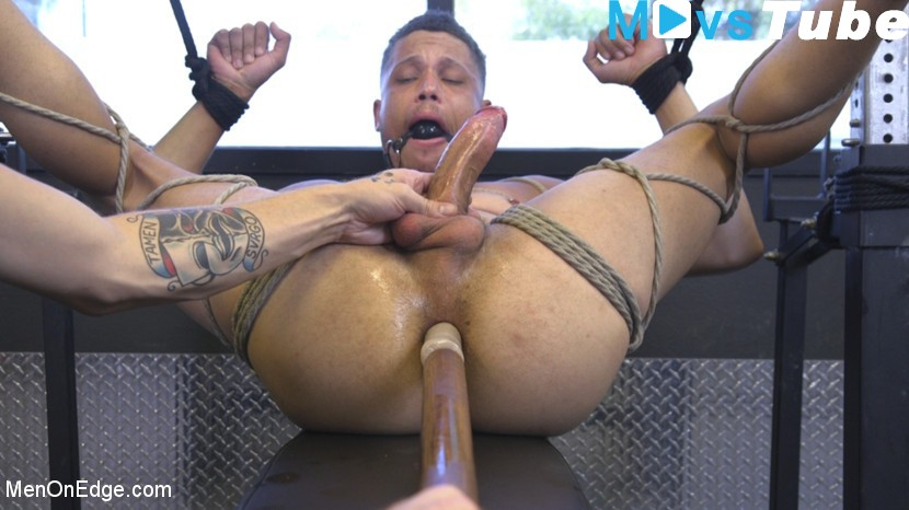 Oral sex in the gym